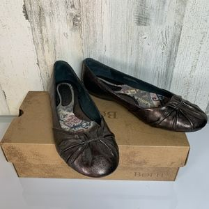 Born Flats 8.5 Adele Bronze Brown leather NWOT